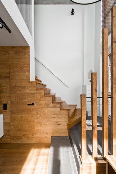 dizajnovy-ulozny-priestor-pod-schodami