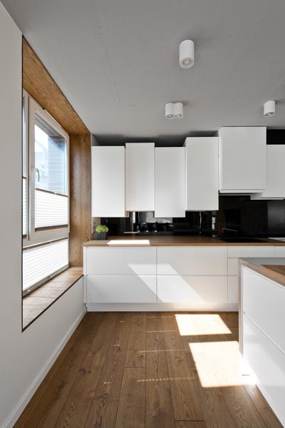 moderna-kuchynska-linka-stropne-svietidla