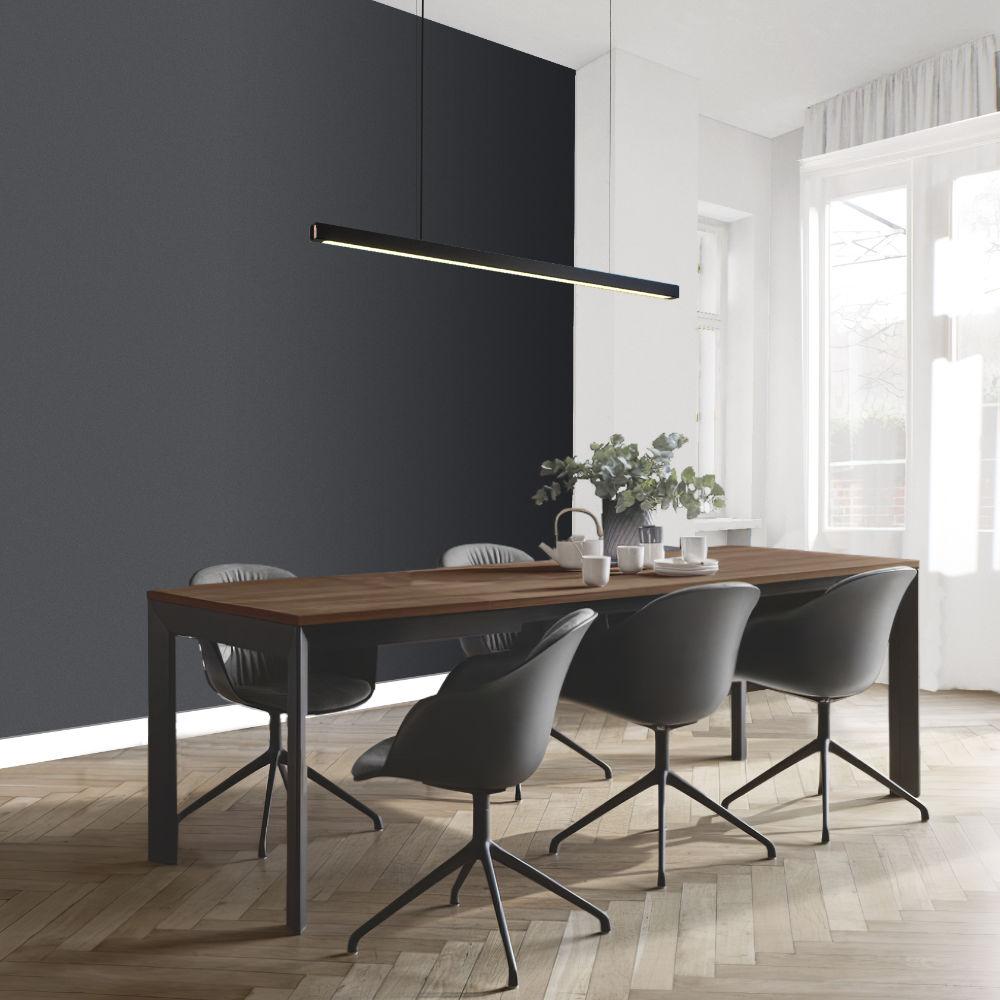 Dizajnové závesné svietidlo nad jedalenskym stolom